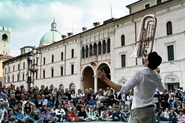 Teatro Necessario - Clown in libertà